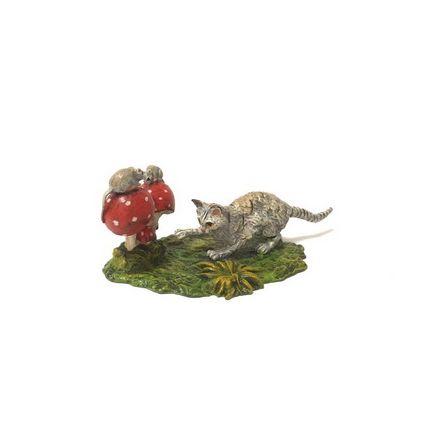 Katze schleichend Mäuse/Pilze